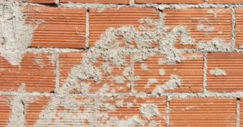bricks-and-cement_2913603.jpg