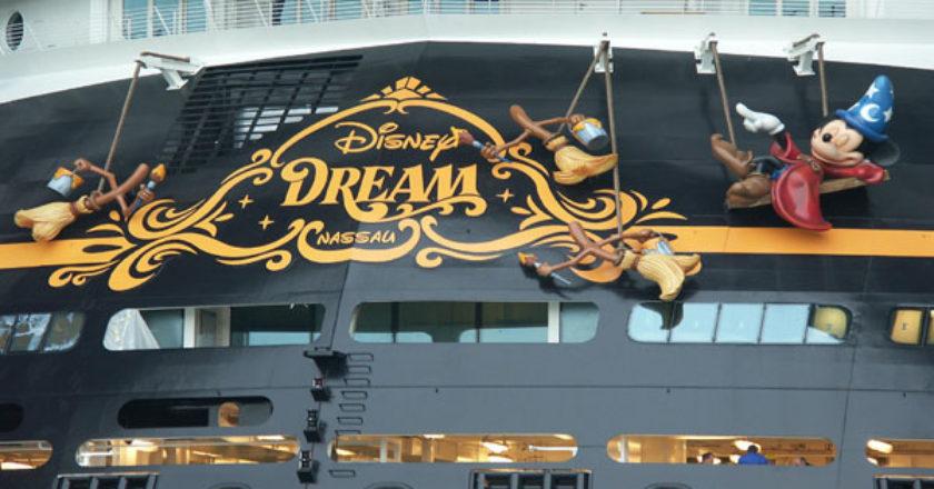 disney-dream-stern.jpg