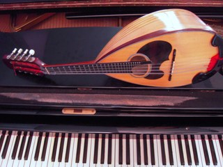 mandolinpiano.jpg