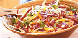 cabbage_salad_with_jicama_and_peppers_650824.jpg