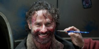 702825_the-walking-dead-rick-hand-amc.jpg