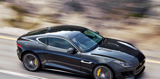 latest_super_2013_jaguar_xkr_s_black_luxury_car_on_road_wallpapers.jpg