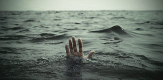 hands-drowning-sea.jpg