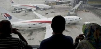 oi_ipa_katerripsan_to_hameno_boeing_tis_malaysia.jpg