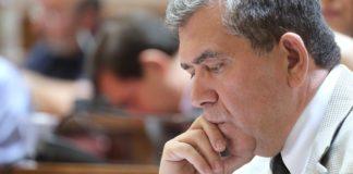 mitropoylos_sti_faretra_toy_tsipra_oi_ekloges_kai_to_dimopsifisma.jpg