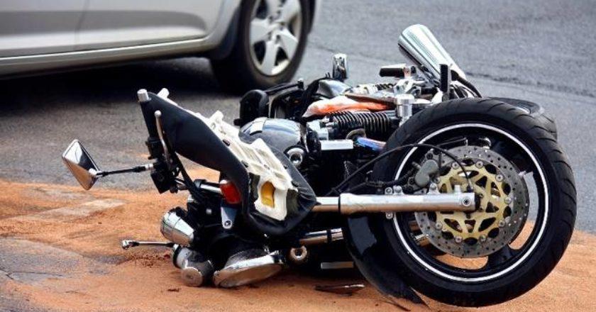 chios-motosikleta-troxaio.jpg
