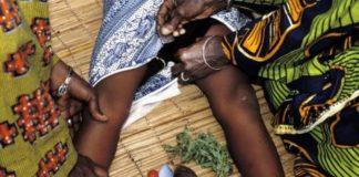 195222-177254-a-process-of-female-circumcision1423240424.jpg