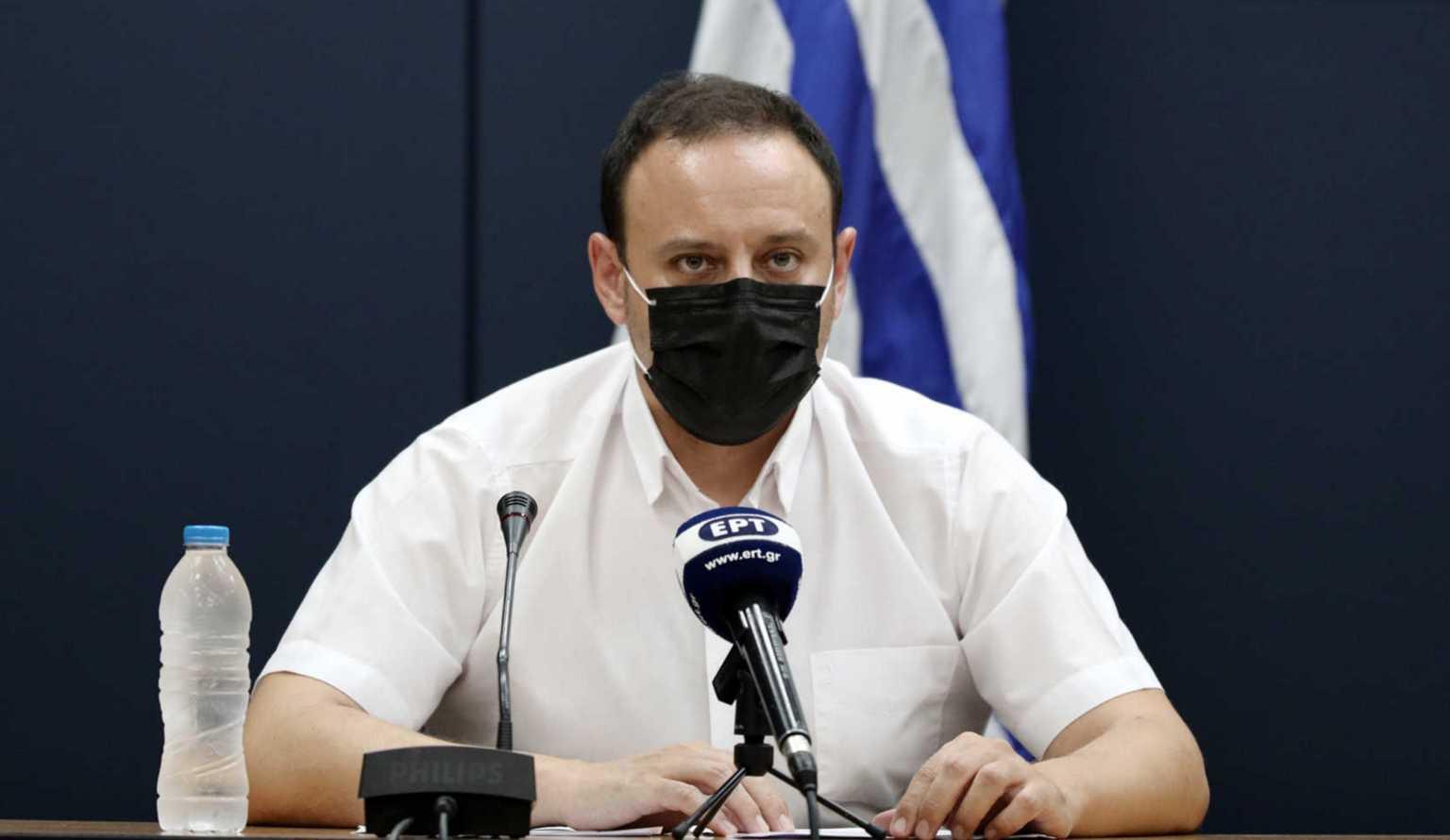 Κορωνοϊός: 170 θάνατοι στους άνω των 65 ετών μέσα σε ένα μήνα – Δραματική έκκληση στους νέους για τη χρήση μάσκας