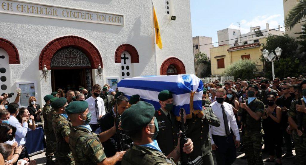 Κηδεύτηκε ο 34χρονος Λοχίας αλεξιπτωτιστής Κώστας Μελιγκώνης απο το Χάβαρι που έχασε τη ζωή του κατά τη διάρκεια άσκησης (Photo- ΒΙΝΤΕΟ)