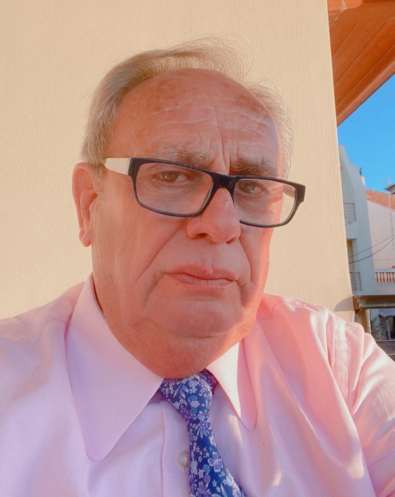 """Ανδρέας Παπαδάκος για απόφαση Λυμπέρη να του χορηγήσει αντιμισθία ως αντιδήμαρχο: """"Δεν αποδέχομαι αποφάσεις που προσβάλλουν την προσωπικότητά μου"""""""