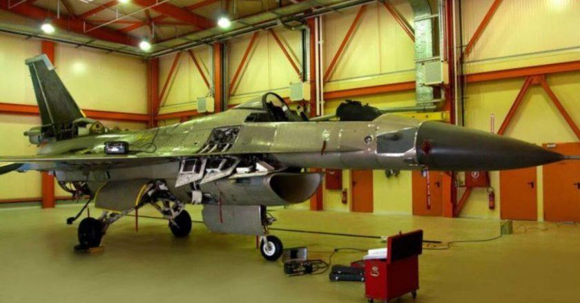 F-16 ΣΕ ΥΠΟΣΤΕΓΟ