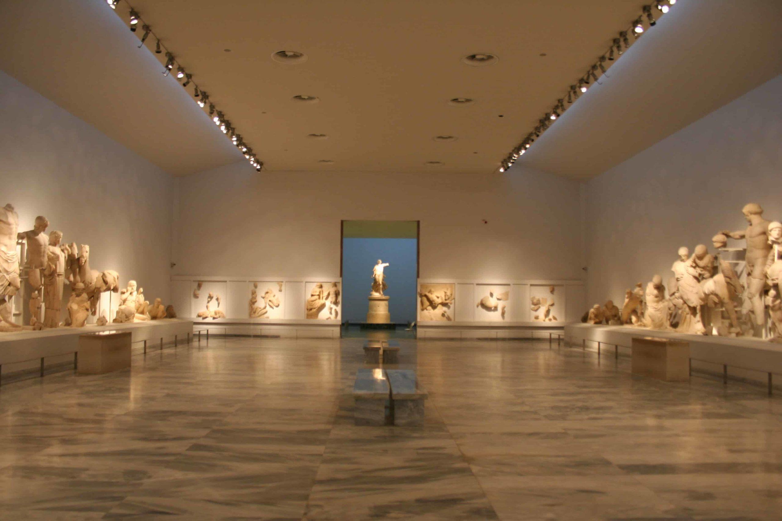 Αίθουσα στο Αρχαιολογικό Μουσείο Ολυμπίας