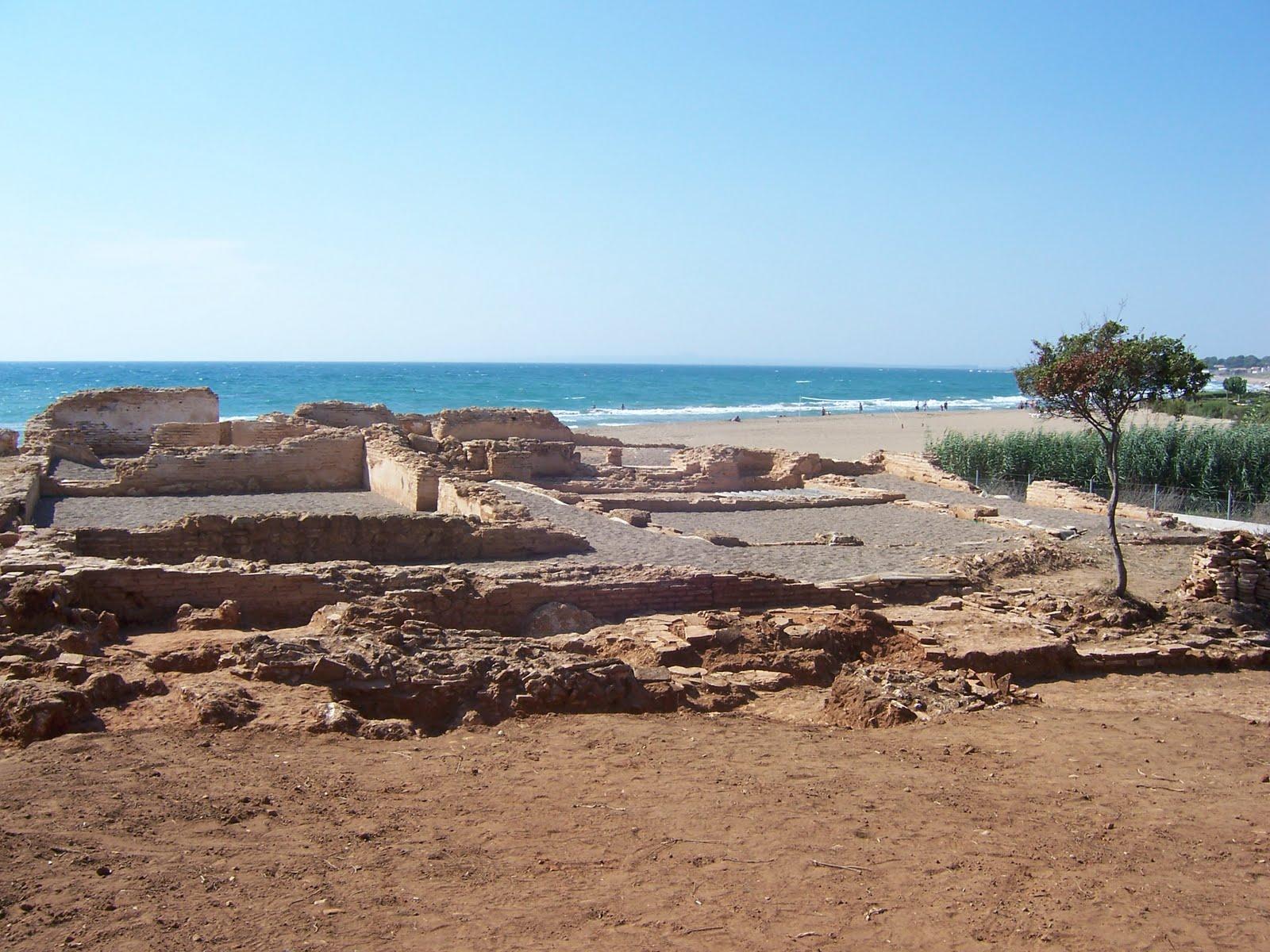 Ρωμαϊκά Λουτρά Φειάς, Σκαφιδιά., Πύργος