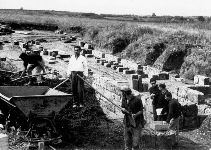 Ανασκαφές στην Αρχαία Ήλιδα